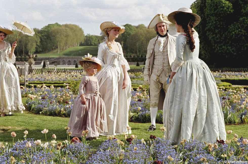 Marie-Antoinette-marie-antoinette-5709110-2560-1698.jpg