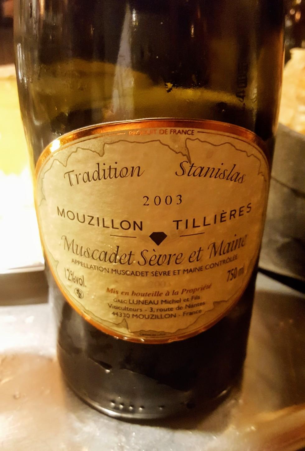 Mouzillon Tillières.jpg