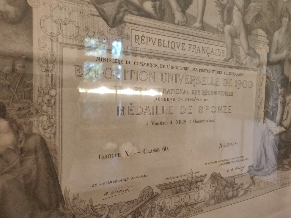 Neux Exposition Universelle Paris