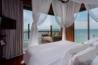2BR Ocean Front Duplex Pool Villa 01